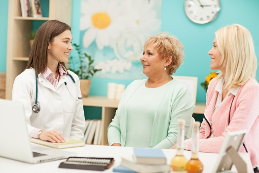 Ensuring a Safe Hospital Visit for an Elderly Loved One with Dementia in Toronto, ON